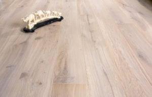 Bonnard chalet oak ginger
