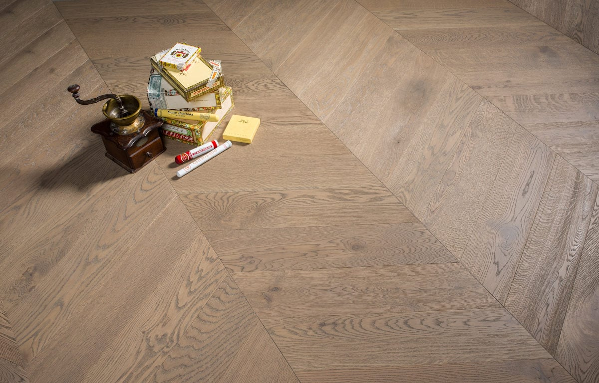 Bonnard chevron oak gravel